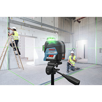 Bosch GLL3-330CG 360-Degrees Connected Green-Beam Three-Plane Leveling and Alignment-Line Laser image number 5