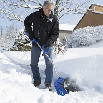 Snow Joe ION13SS-HYB 40V 4.0 Ah Cordless Lithium-Ion Hybrid Brushless 13 in. Snow Shovel image number 5