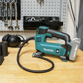 Makita DMP180ZX 18V LXT Lithium-Ion Cordless Inflator (Tool Only) image number 4