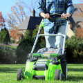 Greenworks 25302 40V G-MAX Li-Ion 20 in. 2-in-1 Twin Force Lawn Mower image number 3