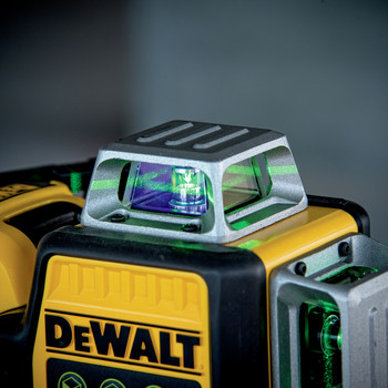 Dewalt DW089LG 12V MAX 3 x 360 Degrees Green Line Laser image number 6