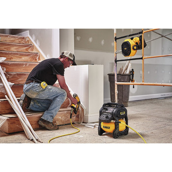 Dewalt DCE511B 20V MAX Cordless Lithium-Ion / Corded Jobsite Fan (Tool Only) image number 5