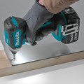 Makita XDT131 18V LXT Brushless Lithium-Ion 1/4 in. Cordless Impact Driver Kit (3 Ah) image number 5