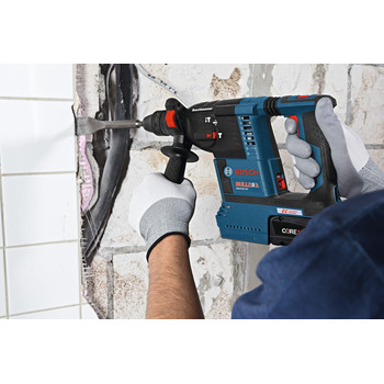 Factory Reconditioned Bosch GBH18V-26K24-RT 6.3 Ah Cordless Lithium-Ion Brushless 1 in. SDS-Plus Bulldog Rotary Hammer Kit image number 7