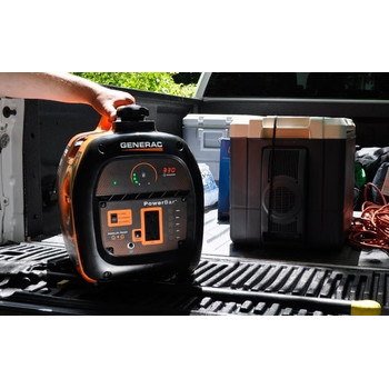 Factory Reconditioned Generac 6866R iQ2000 Inverter Portable Generator image number 6
