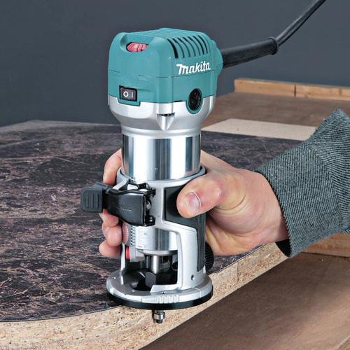 Factory Reconditioned Makita RT0701C-R 1-1/4 HP 120V Compact Router