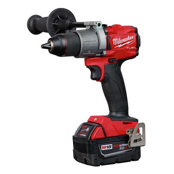 Milwaukee 2803-22 M18 FUEL Lithium-Ion 1/2 in. Cordless Drill Driver Kit (5 Ah) image number 1