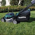 Makita XML06PT1 18V X2 (36V) LXT Lithium-Ion Brushless Cordless 18 in. Self-Propelled Commercial Lawn Mower Kit with 4 Batteries (5.0Ah) image number 15
