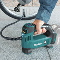 Makita DMP180ZX 18V LXT Lithium-Ion Cordless Inflator (Tool Only) image number 7