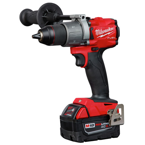 Factory Reconditioned Milwaukee 2997-82 M18 FUEL 2-Tool Hammer Drill/Impact Driver Combo Kit image number 1