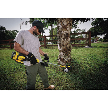 Factory Reconditioned Dewalt DCST920P1R 20V MAX 5.0 Ah Cordless Lithium-Ion Brushless String Trimmer image number 6