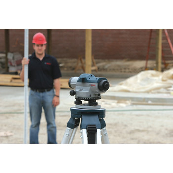 Bosch GOL26CK 26X Zoom Optical Level Kit with Tripod and Rod image number 3