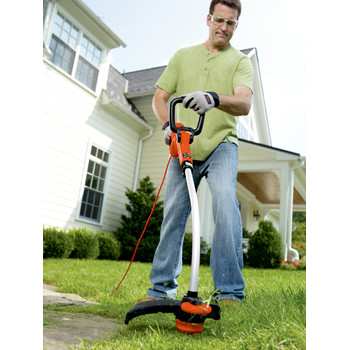Factory Reconditioned Black & Decker GH3000R 7.5 Amp 14 in. Curved Shaft Electric String Trimmer / Edger image number 4