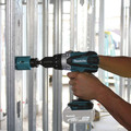 Factory Reconditioned Makita XT218-R 18V LXT Brushed Lithium-Ion 1/2 in. Cordless Hammer Drill/ Impact Driver Combo Kit (3 Ah) image number 5