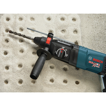 Factory Reconditioned Bosch 11255VSR-RT 1 in. SDS-plus D-Handle Bulldog Xtreme Rotary Hammer image number 9