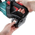 Makita XHU07T 18V LXT Lithium-Ion Brushless Cordless 24 in. Hedge Trimmer Kit (5 Ah) image number 6
