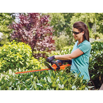 Factory Reconditioned Black & Decker LHT321R 20V MAX Cordless Lithium-Ion POWERCOMMAND 22 in. Hedge Trimmer image number 5