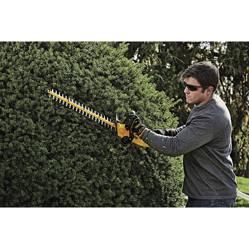 Dewalt DCHT820B 20V MAX Lithium-Ion 22 In. Hedge Trimmer (Tool Only) image number 4