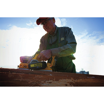 Dewalt DCP580B 20V MAX Brushless Lithium-Ion 3-1/4 in. Planer (Tool Only) image number 7