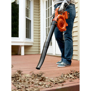Black & Decker LSW36 40V MAX Cordless Lithium-Ion Variable-Speed Handheld Sweeper image number 4