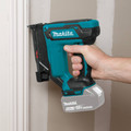 Makita XTP02Z 18V LXT Lithium-Ion Cordless 23 Gauge Pin Nailer (Tool Only) image number 5