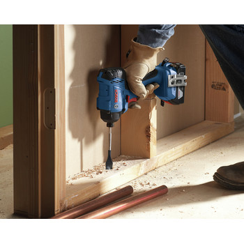 Bosch GXL18V-26B22 18V 2-Tool Combo Kit with 1/2 In. Compact Drill/Driver and 1/4 In. Hex Impact Driver image number 3