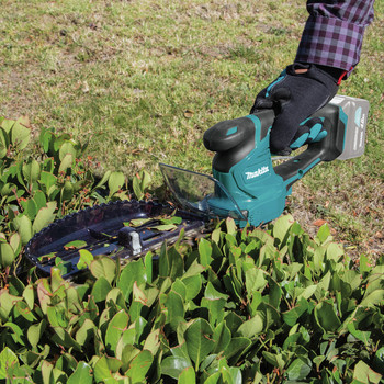 Factory Reconditioned Makita HU06Z-R 12V MAX CXT Lithium-Ion Cordless Hedge Trimmer (Tool Only) image number 9