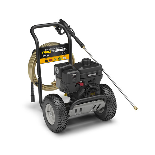 Briggs & Stratton 20647 Pro Series 205cc Gas Powered 3,600 PSI 2.5 GPM Pressure Washer