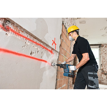 Bosch GBH18V-26K24 CORE18V 6.3 Ah Cordless Lithium-Ion Brushless 1 in. SDS-Plus Bulldog Rotary Hammer Kit image number 5