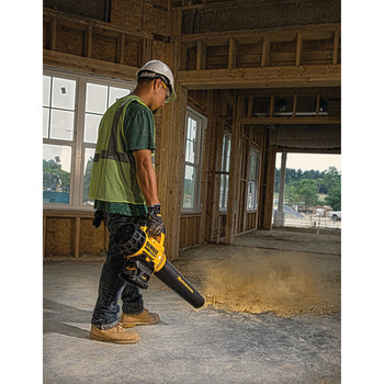 Dewalt DCBL720B 20V MAX Lithium-Ion XR Brushless Handheld Blower (Tool Only) image number 4