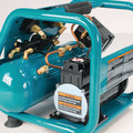 Factory Reconditioned Makita AC001-R 0.6 HP 1 Gallon Oil-Free Hand Carry Air Compressor image number 4