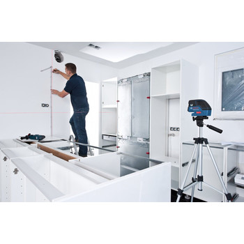 Bosch GCL25 Self-Leveling 5-Point Alignment Laser with Cross-Line image number 1