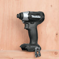 Makita CX200RB 18V LXT Sub-Compact Lithium-Ion 1/2 in. Cordless Drill Driver/ Impact Driver Combo Kit (2 Ah) image number 4