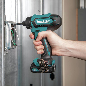 Makita FD10R1 12V max CXT Lithium-Ion Hex Brushless 1/4 in. Cordless Drill Driver Kit (2 Ah) image number 10