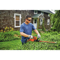Black & Decker BEHTS300 20 in. SAWBLADE Electric Hedge Trimmer image number 7