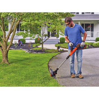 Factory Reconditioned Black & Decker LST522R 20V MAX 2.5 Ah Cordless Lithium-Ion 12 in. 2-Speed String Trimmer/Edger Kit image number 5
