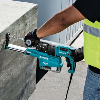Makita HR2651 7 Amp 1 in. Pistol-Grip Rotary Hammer with HEPA Extractor image number 6