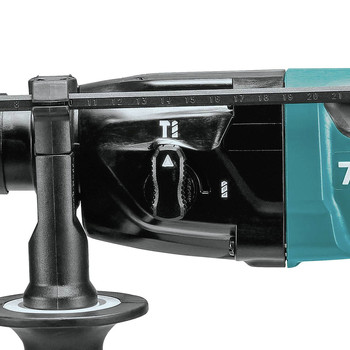 Makita HR1840 11/16 in. Rotary Hammer (Accepts SDS-PLUS Bits) image number 2