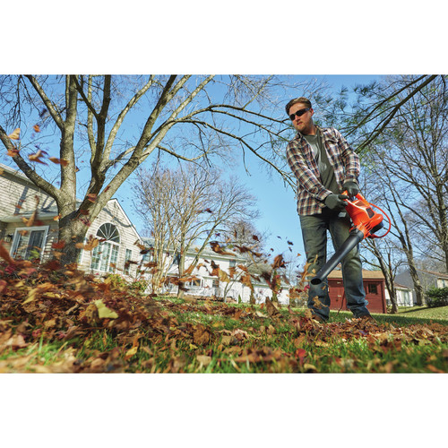 Black & Decker BEBL7000 3-in-1 VACPACK 12 Amp Leaf Blower, Vacuum and Mulcher image number 4