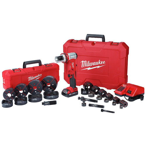 Milwaukee 2677-23 M18 ForceLogic 6T Knockout Tool 1/2 in. - 4 in Kit image number 0