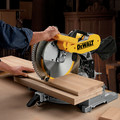 Dewalt DW716 12 in. Double Bevel Compound Miter Saw image number 9