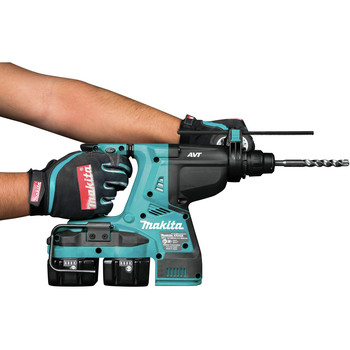 Makita XRH08PT 18V X2 LXT Lithium-Ion (36V) 5.0 Ah Brushless 1-1/8 in. AVT Rotary Hammer Kit image number 4