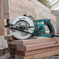 Makita 5477NB 7-1/4 in. Hypoid Saw image number 1