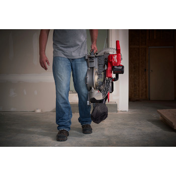 Milwaukee 2734-21HD M18 FUEL 9.0 Ah Cordless Lithium-Ion 10 in. Dual Bevel Sliding Compound Miter Saw image number 6