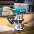Makita XTR01Z 18V LXT Cordless Lithium-Ion Brushless Compact Router (Tool Only) image number 3