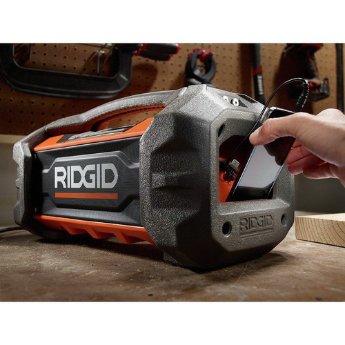 2de99de6e0b Factory Reconditioned Ridgid ZRR84087 18V Jobsite Radio with Bluetooth  Wireless Technology