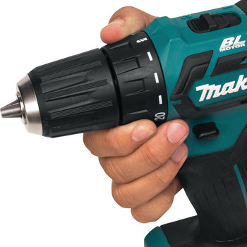 Makita FD07R1 12V max CXT Lithium-Ion Brushless 3/8 in. Cordless Drill Driver Kit (2 Ah) image number 4