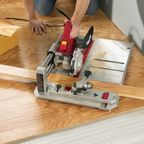 Skil 3601 02 7 Amp 4 3 8 In Flooring Saw