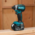 Makita XDT131 18V LXT Brushless Lithium-Ion 1/4 in. Cordless Impact Driver Kit (3 Ah) image number 3