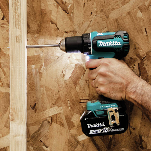 Makita XT335S 18V LXT 3.0 Ah Lithium-Ion Brushless 3-Piece Combo Kit image number 13